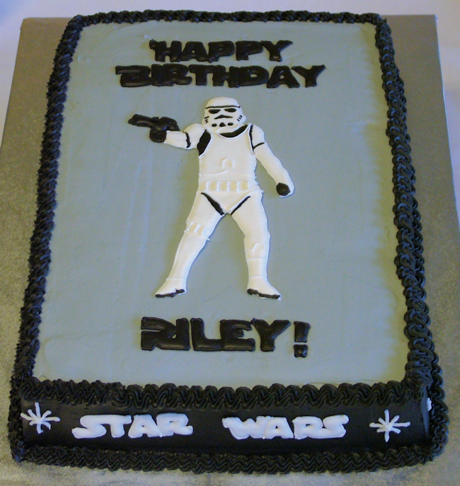 star wars cake designs. This cake is a 9×13 covered in
